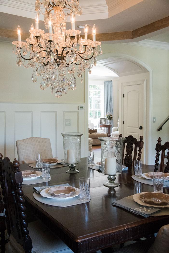 Dining room - Custom wainscoat